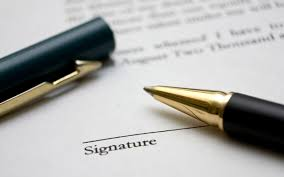 signer-un-contrat-vente-immo